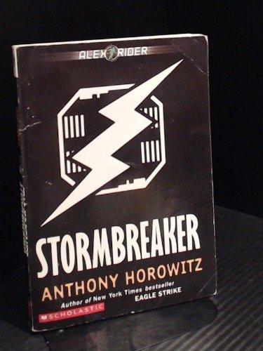 9780439390927: Stormbreaker (Alex Rider)