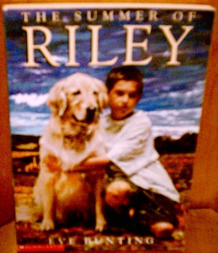 9780439411141: The Summer of Riley