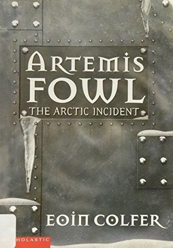 9780439450706: The Arctic Incident (Artemis Fowl, Book 2)
