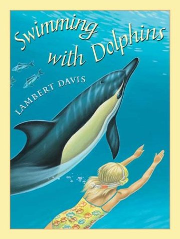 9780439472579: Swimming with Dolphins