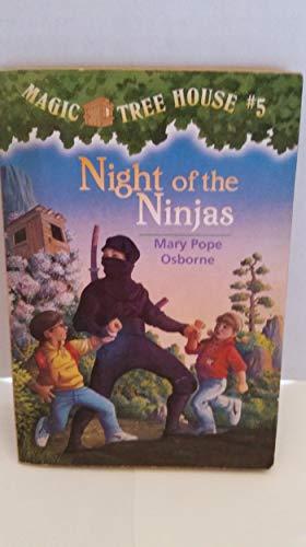 9780439523073: Magic Tree House: Night of the Ninjas