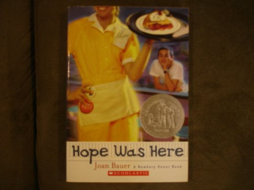 9780439523486: Hope Was Here (A Newberry Honor Book)