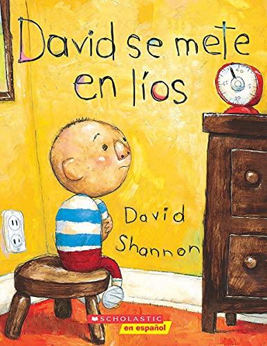 9780439545617: David se mete en líos: (Spanish language edition of David Gets in Trouble) (Coleccion Rascacielos) (Spanish Edition)