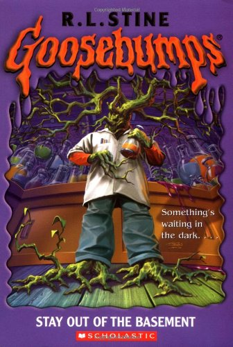 9780439568456: Stay Out of the Basement (Goosebumps #2)