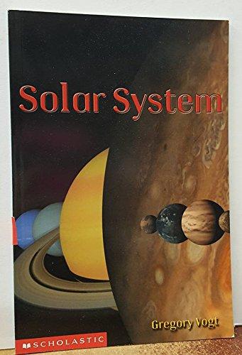 9780439579421: Solar System