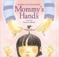 9780439637800: Mommy's Hands