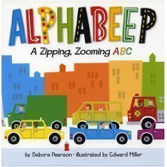 9780439676885: Alphabeep: A Zipping, Zooming ABC