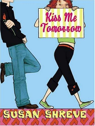 9780439680479: Kiss Me Tomorrow