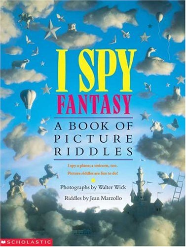 9780439684224: I Spy Fantasy: A Book of Picture Riddles