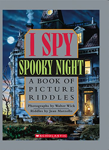 9780439684293: I Spy Spooky Night: A Book of Picture Riddles