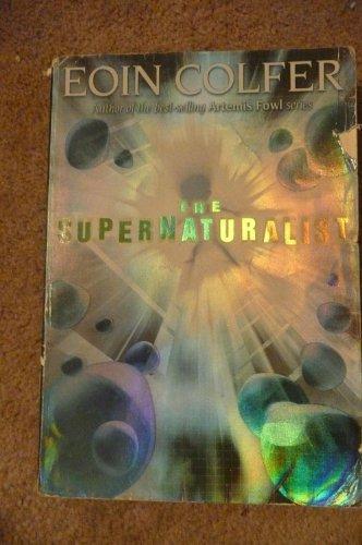 9780439701822: The Supernaturalist