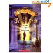 9780439709767: The Woven Path (Wyrd Museum)
