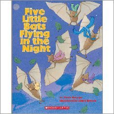9780439710510: Five Little Bats Flying in the Night (Big Book)