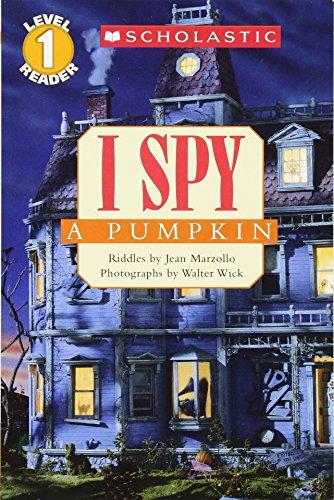 9780439738637: I Spy a Pumpkin