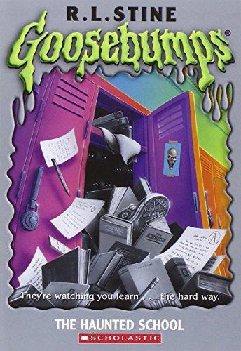 9780439774758: Haunted School (Goosebumps)
