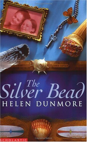 9780439973526: The Silver Bead