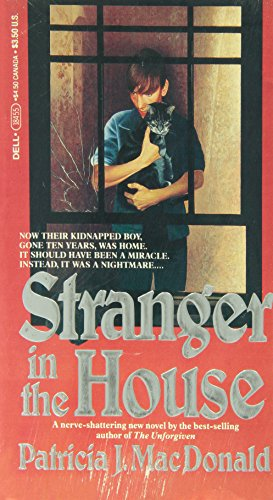 9780440184553: A Stranger in the House (Sweet Valley High Super Thrillers)