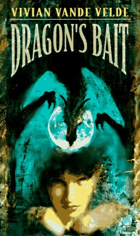 9780440219828: Dragon's Bait (Laurel-Leaf Books)