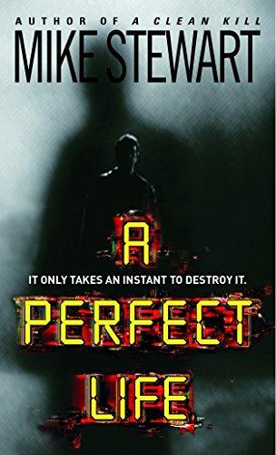 9780440241324: A Perfect Life (Tom McInnes)
