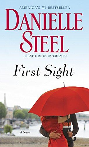 9780440242055: First Sight: A Novel