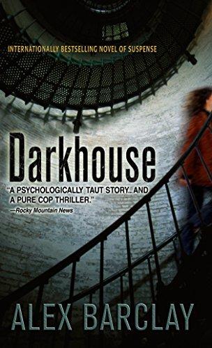 9780440242550: Darkhouse