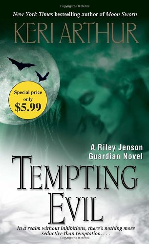 9780440246404: Tempting Evil (Riley Jenson Guardian)