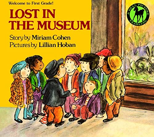 9780440410959: LOST IN THE MUSEUM