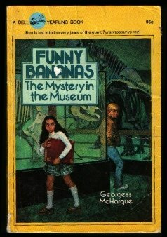 9780440427711: Funny Bananas (The Mystery in the Museum)