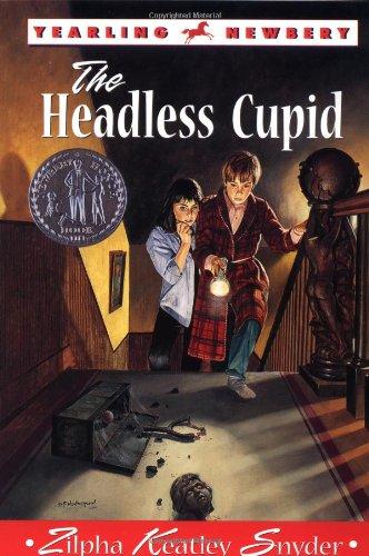 9780440435075: The Headless Cupid