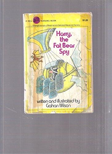 9780440438243: Harry the Fat Bear Spy