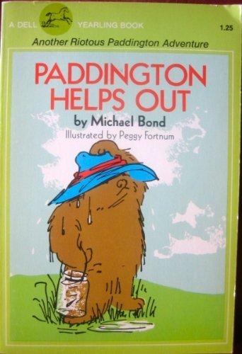 9780440468028: Paddington Helps Out