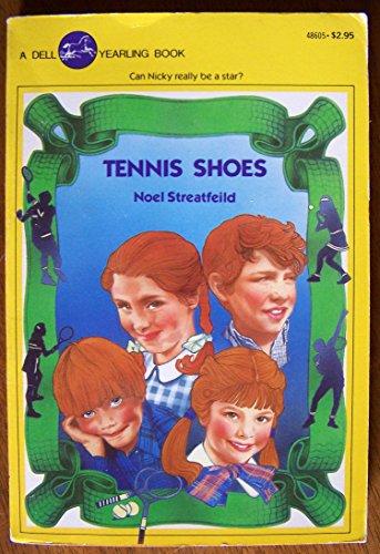 9780440486053: Tennis Shoes