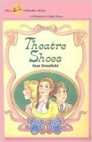 9780440487913: Theatre Shoes