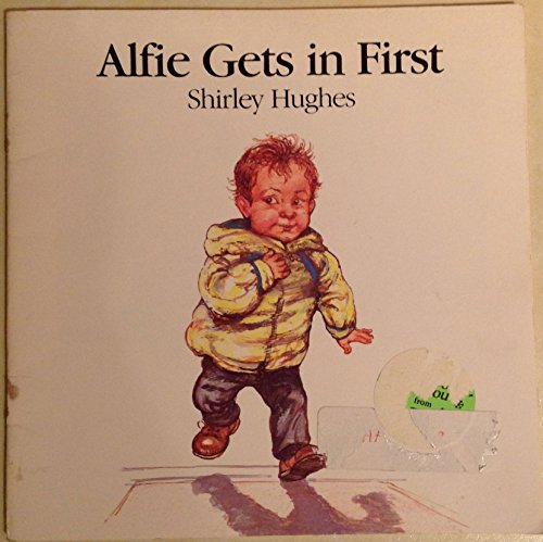 9780440841289: ALFIE GETS IN FIRST
