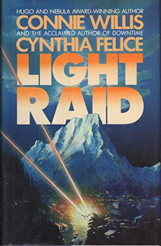 LIGHT RAID: Willis, Connie.