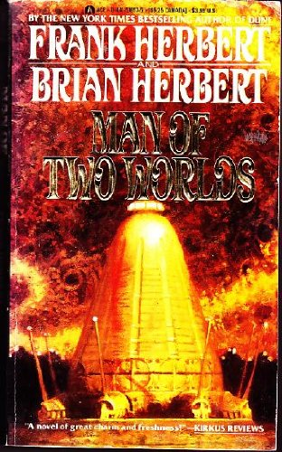 9780441518579: Man Of Two Worlds
