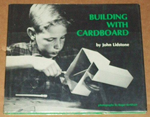 9780442047917: Building With Cardboard