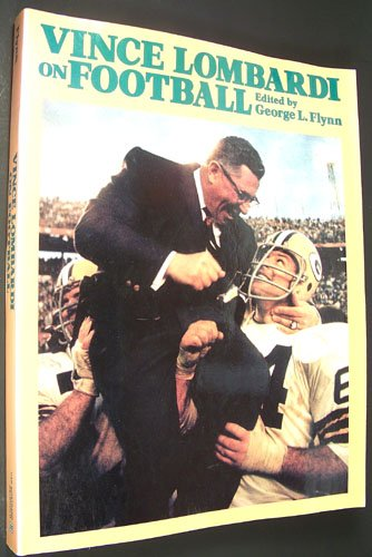 9780442256029: Vince Lombardi on Football