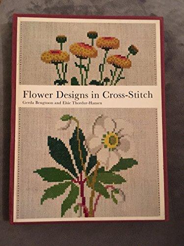 9780442299873: Flower Designs in Cross Stitch