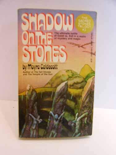 9780445045026: Shadow on the Stones
