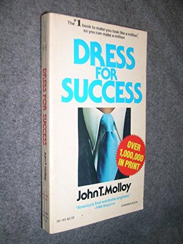 9780446328517: Dress for Success