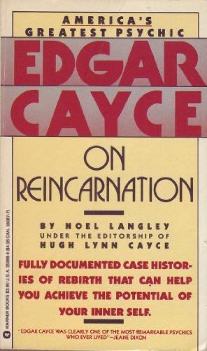 9780446350860: Edgar Cayce on Reincarnation