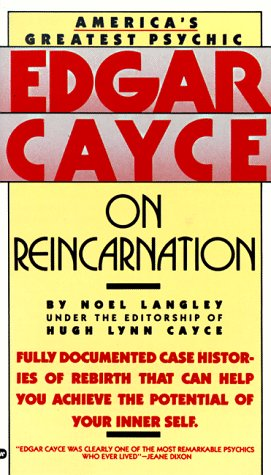 9780446357845: Edgar Cayce on Reincarnation