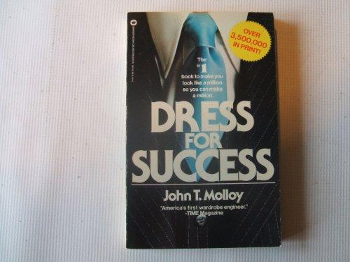 9780446382632: Dress for Success