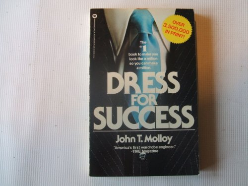 9780446382632: Dress for Success