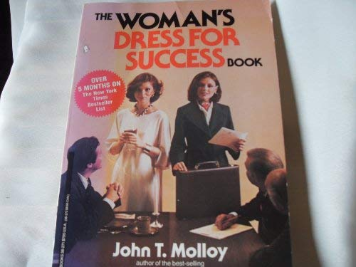 9780446382717: Woman's Dress for Success Book