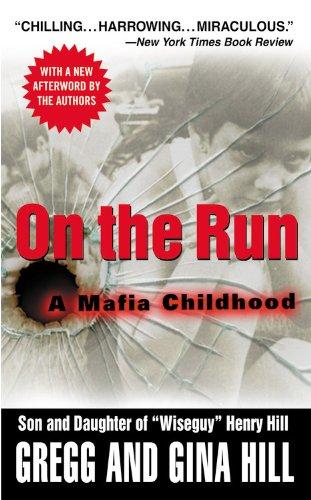 9780446615938: On the Run: A Mafia Childhood