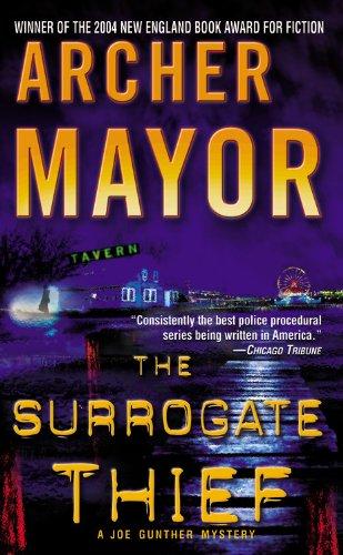 9780446616607: The Surrogate Thief (Joe Gunther Mysteries)
