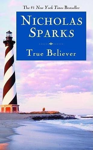 9780446618151: True Believer
