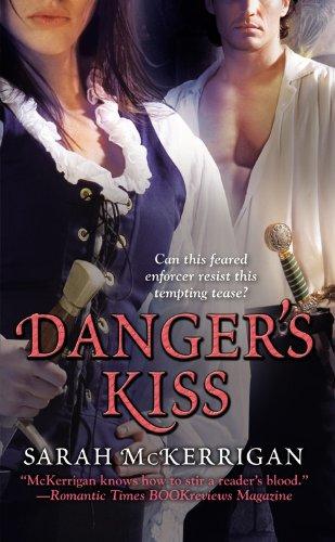 9780446618878: Danger's Kiss